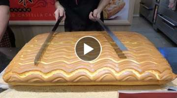 Grand Jiggly Cake Cutting